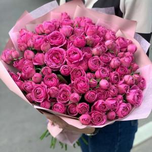 Букет из кустовой розы пионовидной мисти баблс