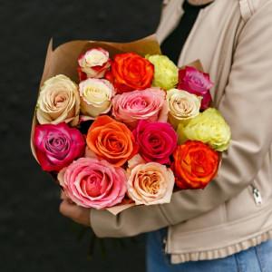 Букет из 15 ярких эквадорских роз