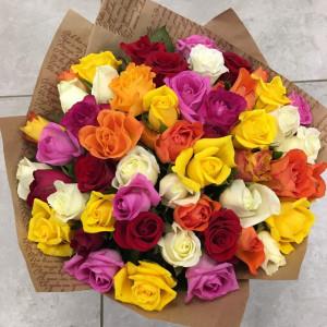 Букет из 35 ярких кенийских роз